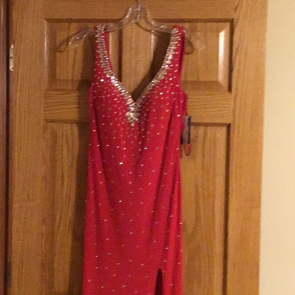 Dresses & Skirts - Boutique Absolutely Stunning Red Beaded Gown